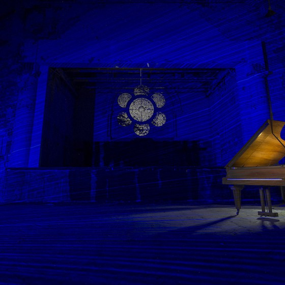 DSC_8224_Beelitz_Heilstätten_Whitney_Houston_Haus_Piano_Blue_Con