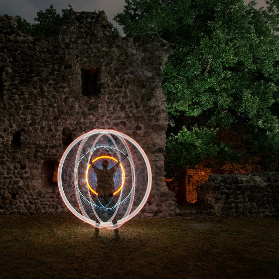 JanLeonardo-Light-Painting-Art-Ruine